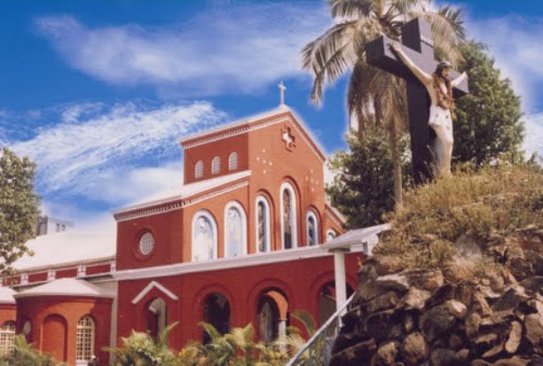 Tarapet cathedral 2