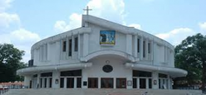 Sts Peter and Paul Jabalpur India - courtesy findjee com